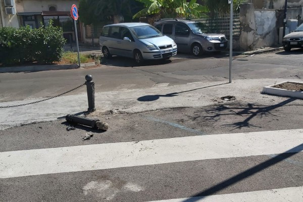 Poggiomarino, lavori fermi e zero abbonamenti a piazza Mazzini