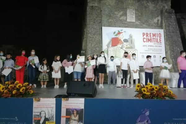 San Gennaro Vesuviano conquista il Premio Cimitile: premiati 32 alunni dall'associazione 'Genitori del Sud'