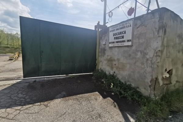 Palma Campania: attività illecite nell'ex discarica Iovino, scattano denuncia e sequestro