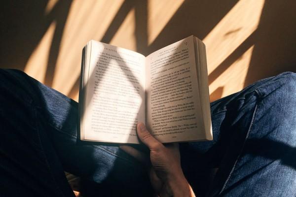 Il mestiere di leggere: Un thriller per iniziare le letture di settembre