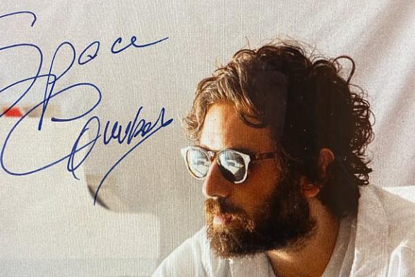 """Tommaso Paradiso anticipa l'uscita del nuovo album """"Space Cowboy"""" con il nuovo singolo """"Magari no"""""""