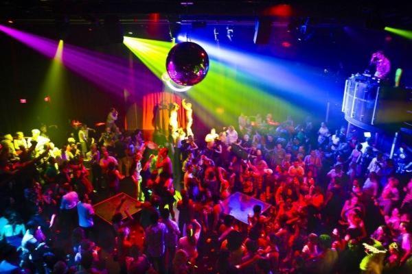 Rissa in discoteca: disposti dieci giorni di chiusura
