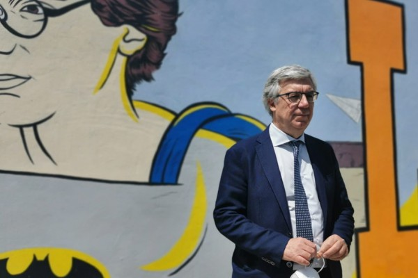 Palma Campania, presentato il murales dedicato a Giancarlo Siani